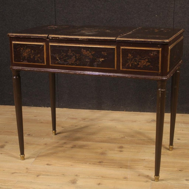 19th Century Black Lacquered Chinoiserie Wood French Dressing Table, 1880 For Sale 2