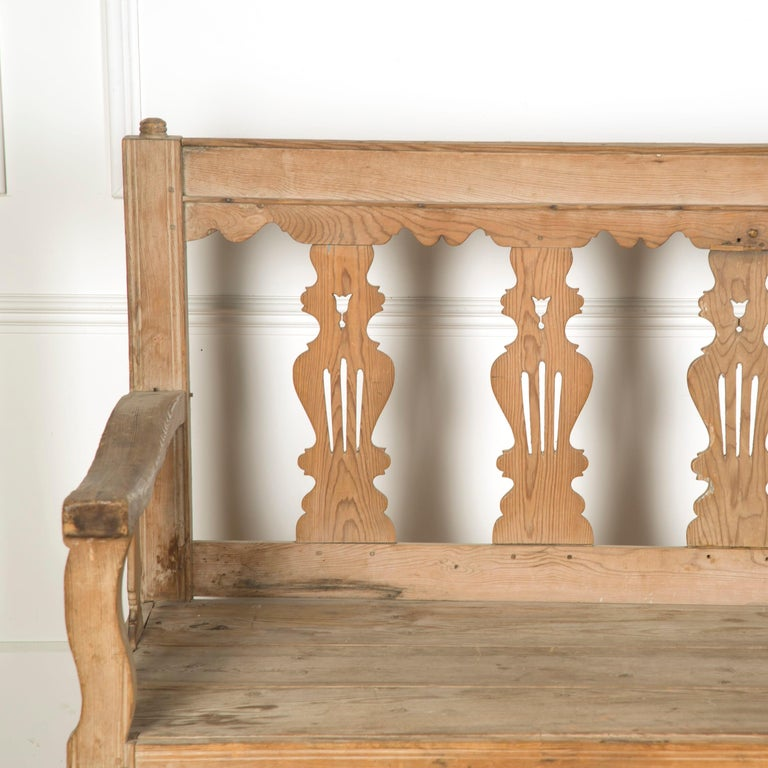 19th Century Bleached Spanish Bench In Good Condition For Sale In Gloucestershire, GB