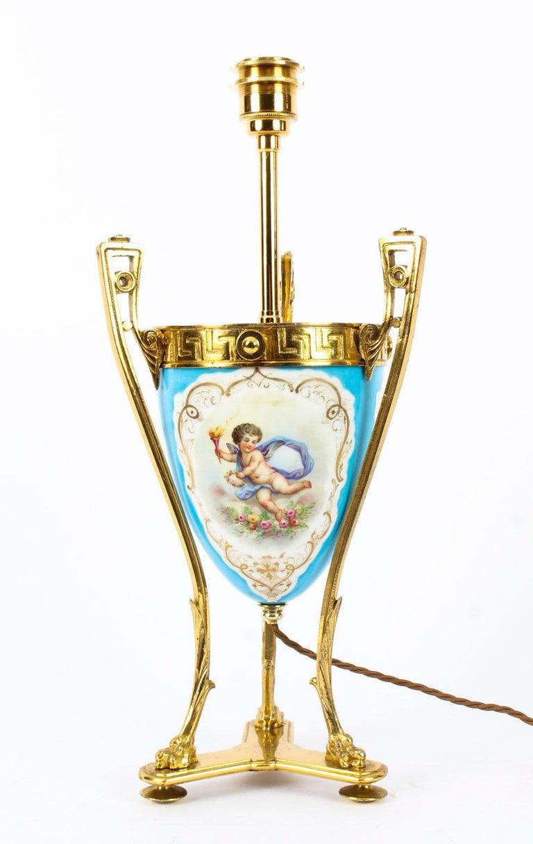 19th Century Bleu Celeste Sèvres Porcelain Ormolu Lamp For Sale 11