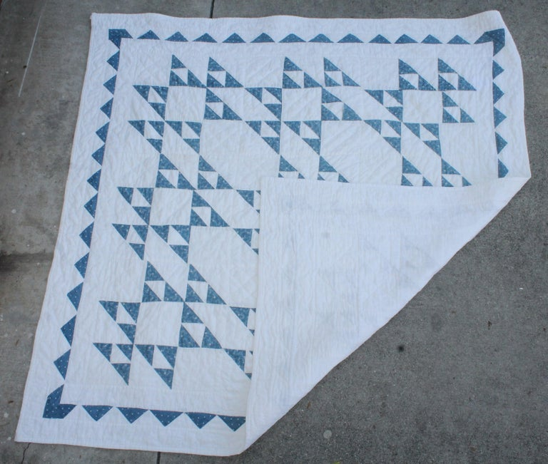 19th Century Blue and White Crib Quilt In Excellent Condition For Sale In Los Angeles, CA