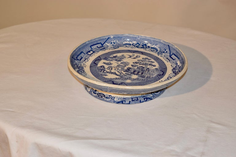 English 19th Century Blue Willow Stilton Stand For Sale