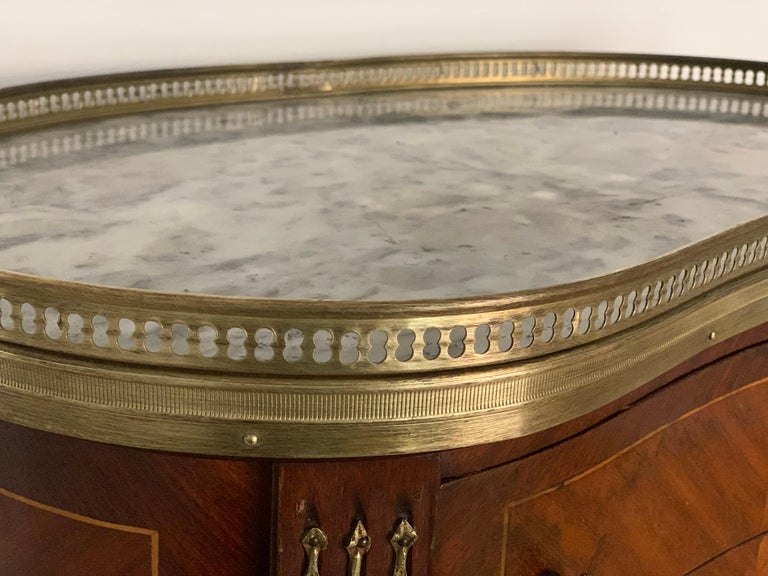 19th Century Bouillotte Louis XVI Style, Kidney Shaped Bronze & Walnut Table For Sale 7