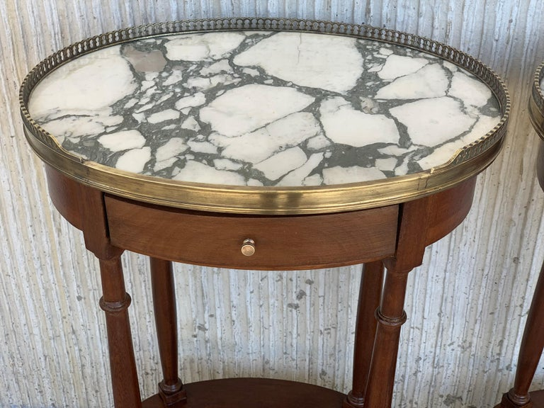 19th Century Bouillotte Louis XVI Style, Kidney Shaped Side Tables or Nightstand For Sale 8