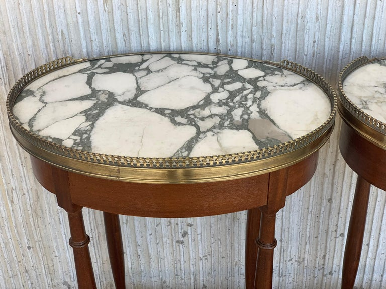 19th Century Bouillotte Louis XVI Style, Kidney Shaped Side Tables or Nightstand For Sale 9