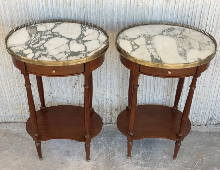 19th Century Bouillotte Louis XVI Style, Kidney Shaped Side Tables or Nightstand For Sale 1
