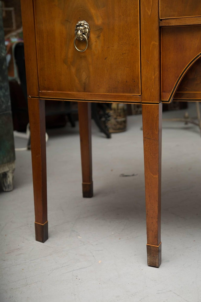 19th Century Bowfront Mahogany Sideboard For Sale 2