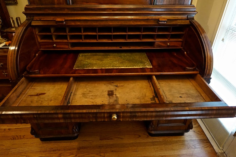 19th Century Rosewood Large Roll Top Desk with Cabinet For Sale 5