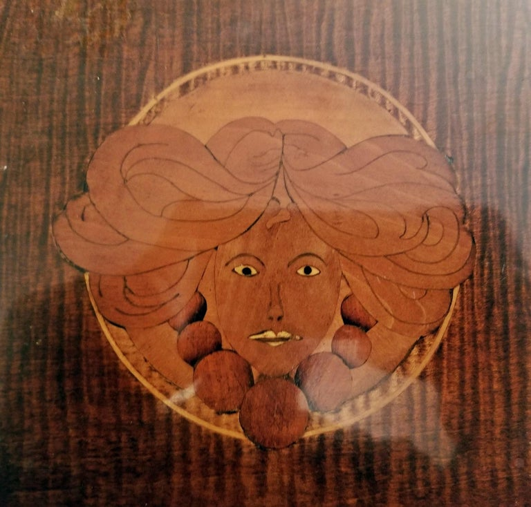 19th Century British Marquetry Inlaid Serving Tray In Good Condition For Sale In Dallas, TX