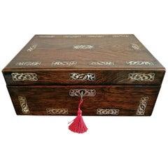 19tes Jahrhundert britisches Palisander und Mutter der Perle eingelegten Schminktisch Box
