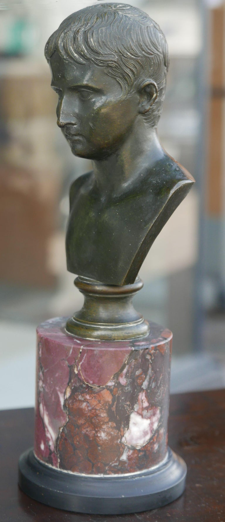 Nicely detailed Bronze bust of Caesar with terrific age acquired patina made in Italy during the late 19th century during the Grand Tour.