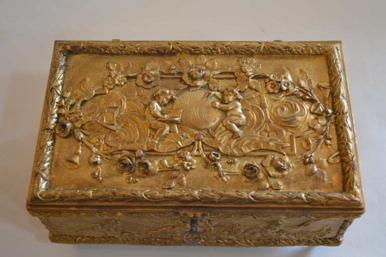 19th Century Bronze Gold-Plated Box In Excellent Condition For Sale In Los Angeles, CA