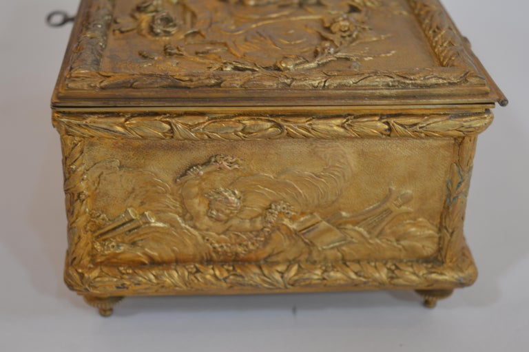 19th Century Bronze Gold-Plated Box For Sale 3