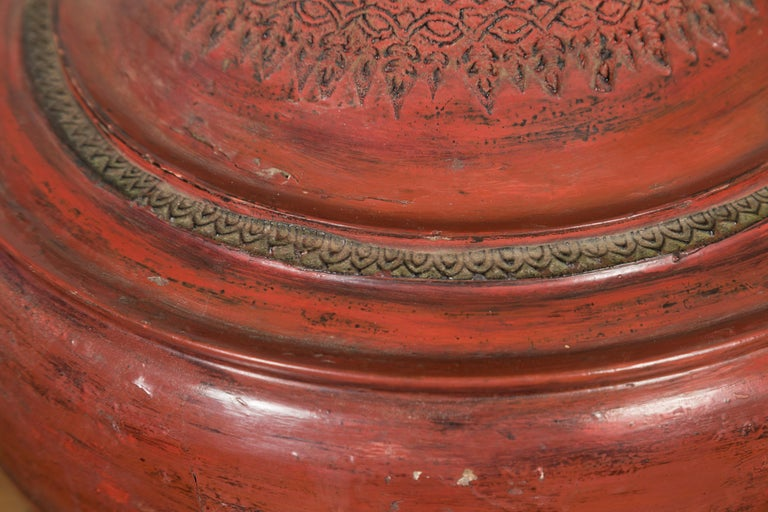 19th Century Burmese Cinnabar Palembang Lacquer Temple Offering Bowl with Lid For Sale 5