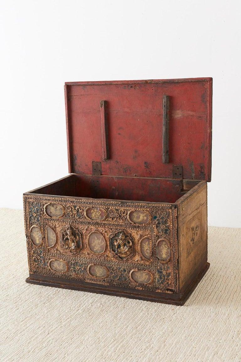 19th Century Burmese Mandalay Gilt Chest or Trunk For Sale 7