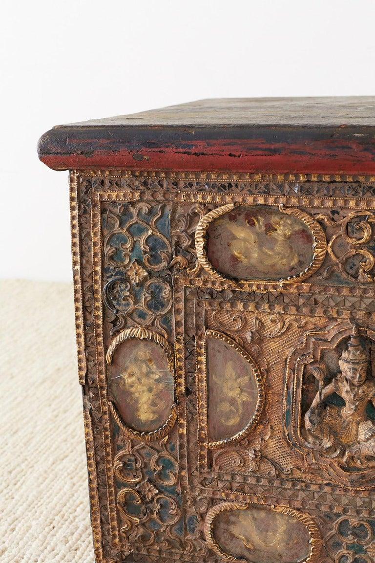 19th Century Burmese Mandalay Gilt Chest or Trunk For Sale 3