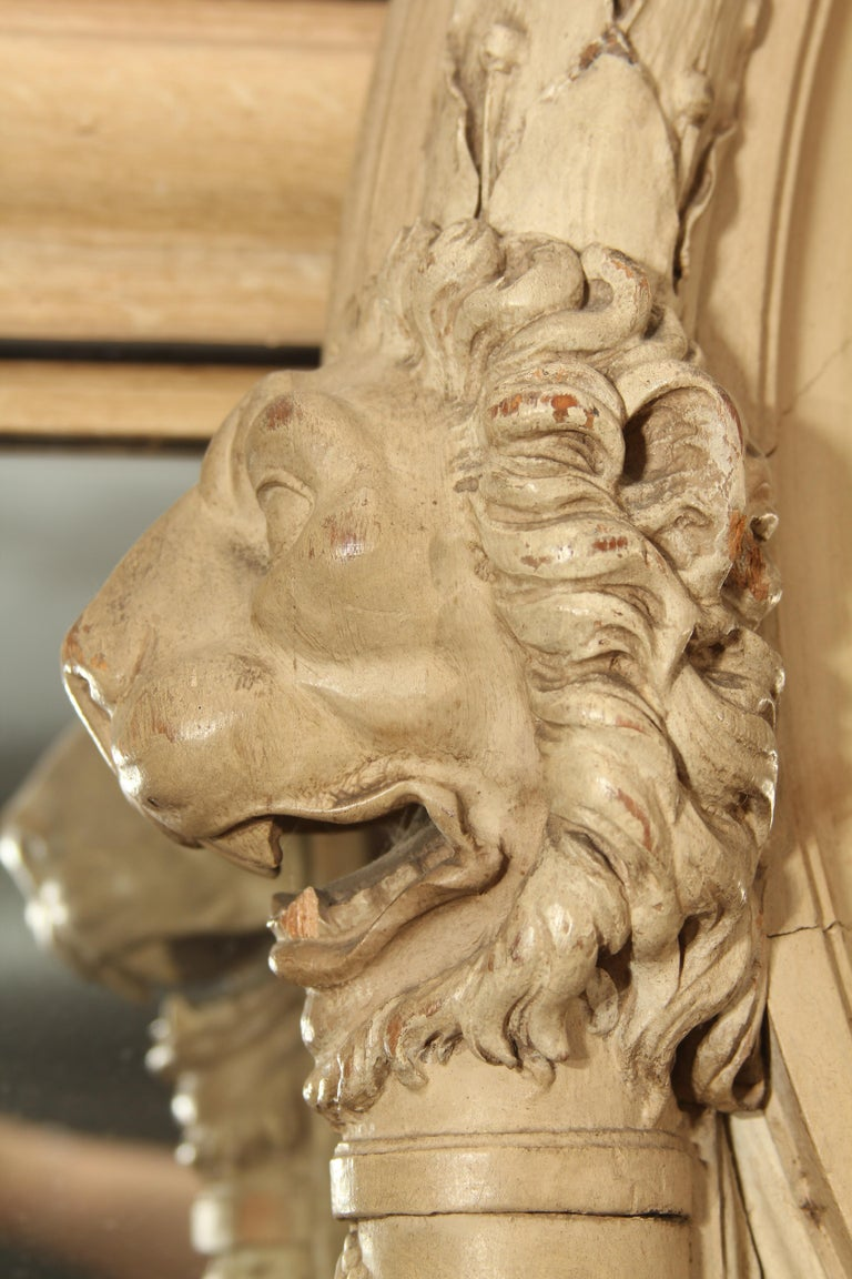 19th Century Carved Italian Mirror with Lions For Sale 7