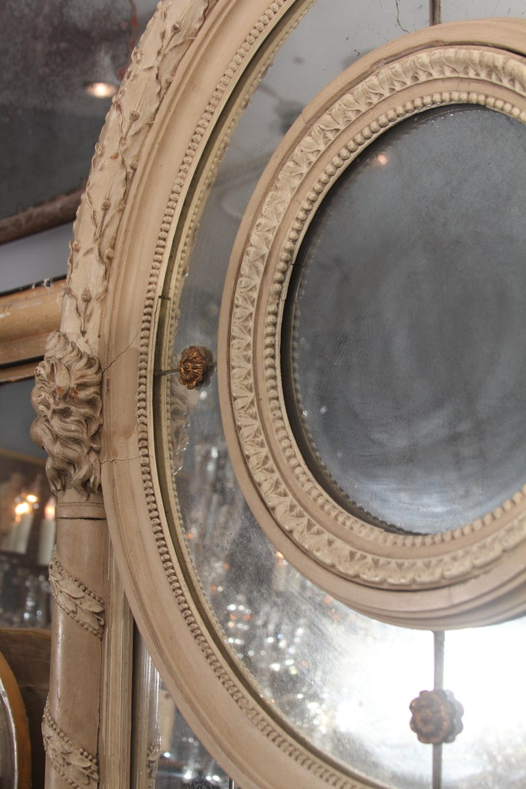 19th Century Carved Italian Mirror with Lions For Sale 5