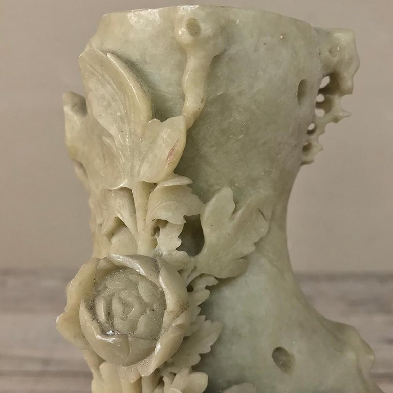 19th Century Carved Jade Stone Bud Vase For Sale 1