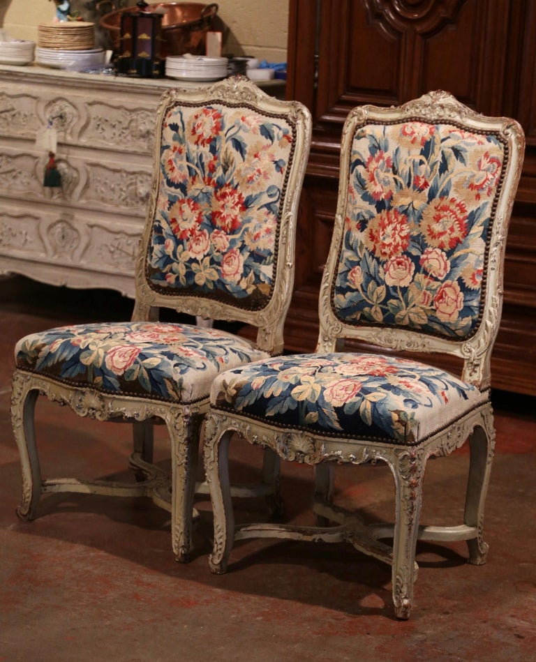 19th Century Carved Painted Dining Room Chairs with Aubusson Tapestry -Set of 12 In Excellent Condition For Sale In Dallas, TX
