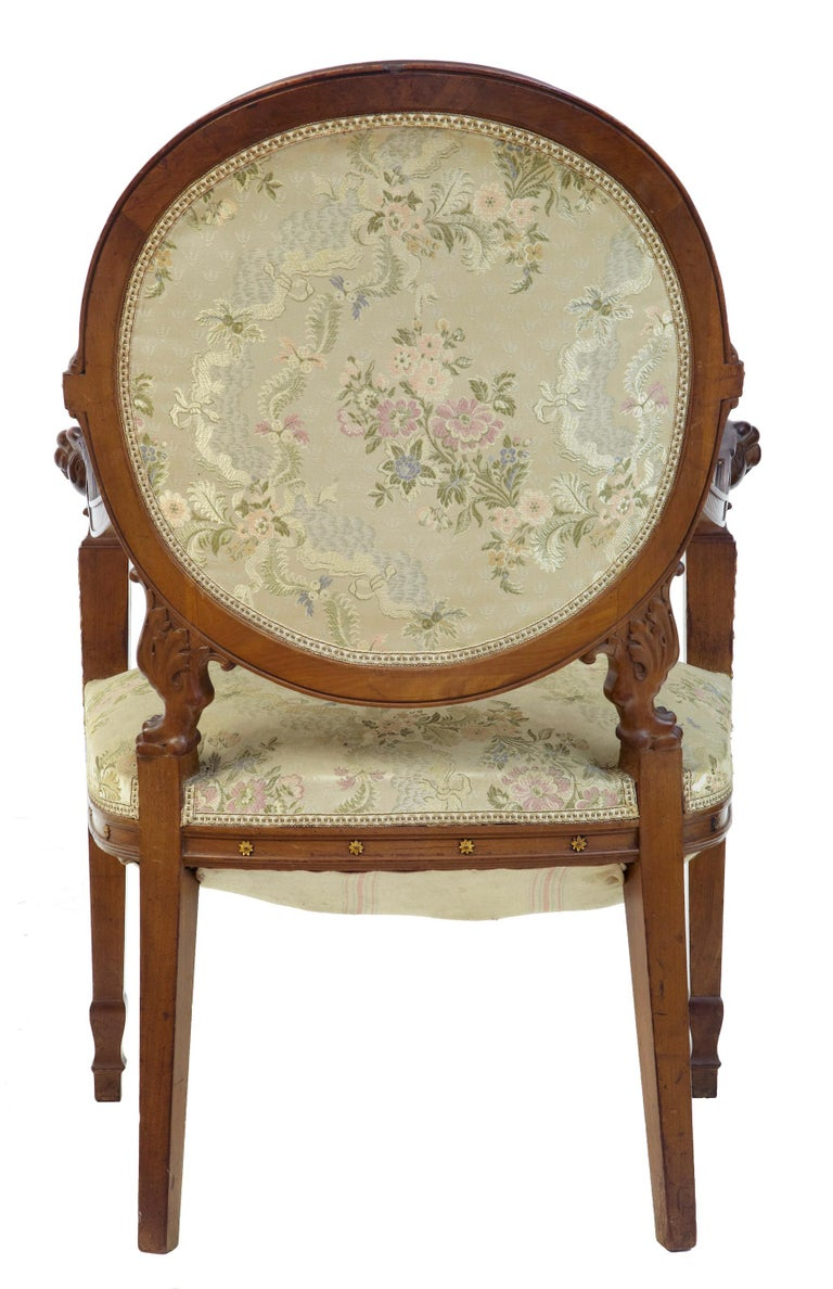 19th Century Carved Walnut French Armchair In Good Condition For Sale In Debenham, Suffolk