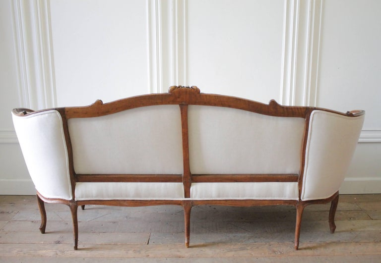 19th Century Carved Walnut Louis XV Style French Sofa Upholstered Belgian Linen For Sale 2