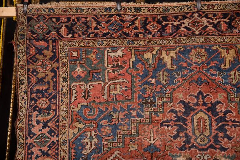 19th Century Beautiful Antique Heriz Rug For Sale 1