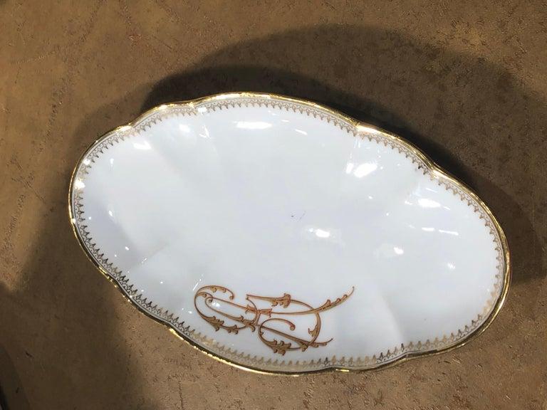 19th Century Ceramic Ginori Dinnerware Set Consisting of 102 Pieces, 1880s For Sale 5