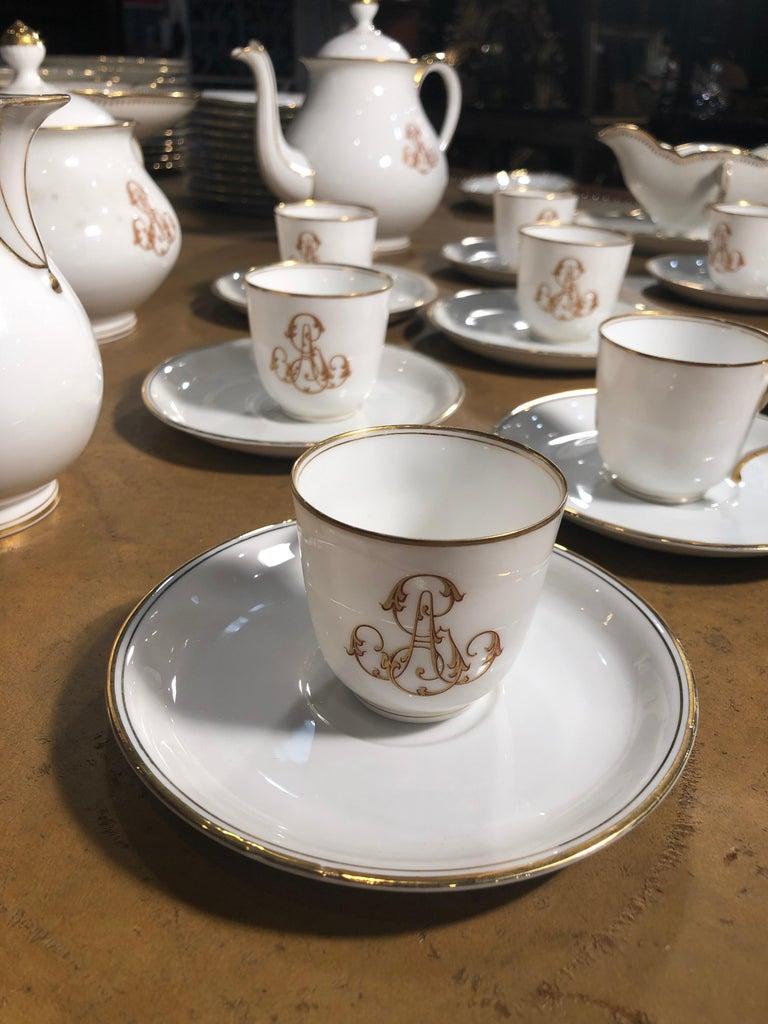 19th Century Ceramic Ginori Dinnerware Set Consisting of 102 Pieces, 1880s For Sale 7