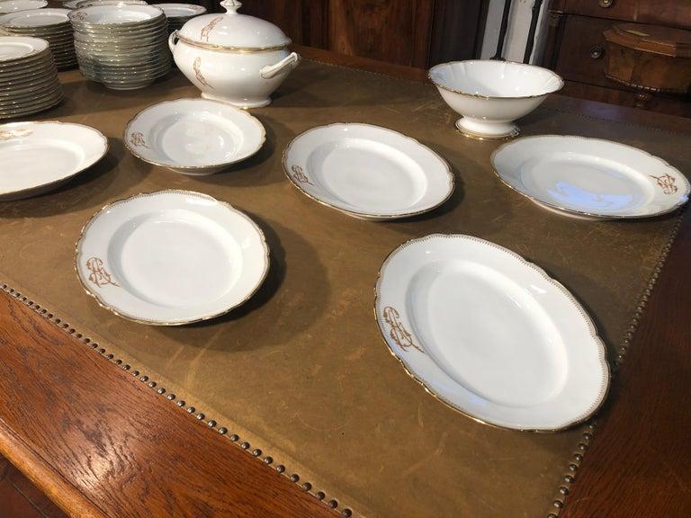 Neoclassical Revival 19th Century Ceramic Ginori Dinnerware Set Consisting of 102 Pieces, 1880s For Sale