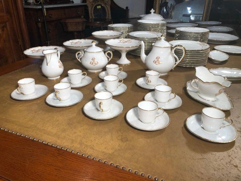 Italian 19th Century Ceramic Ginori Dinnerware Set Consisting of 102 Pieces, 1880s For Sale
