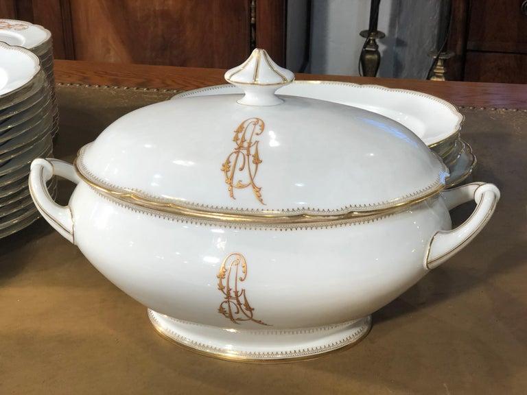 19th Century Ceramic Ginori Dinnerware Set Consisting of 102 Pieces, 1880s For Sale 3