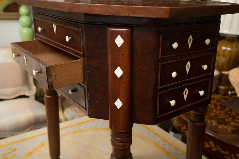 19th Century Charles X Mahogany Sewing Table For Sale 6