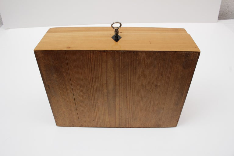 19th Century Cherrywood Biedermeier Casket For Sale 1