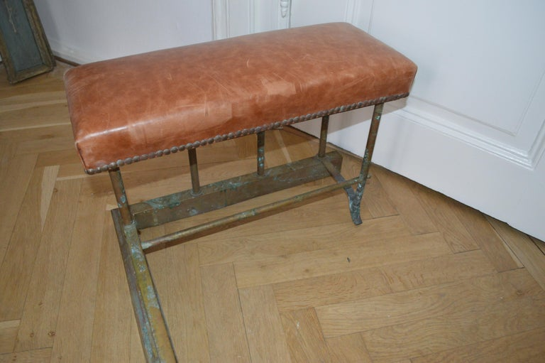 19th Century Chesterfield Brass Fire Fender For Sale 3