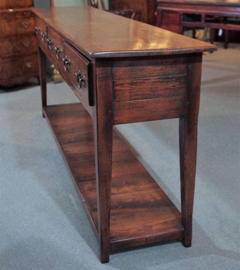 19th Century Chestnut Dresser Base with Pot Board For Sale 3
