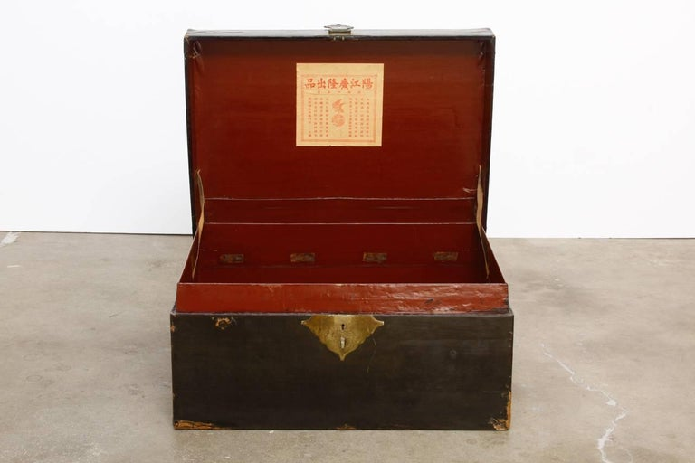Chinese Export 19th Century Chinese Black Lacquered Pigskin Trunk For Sale