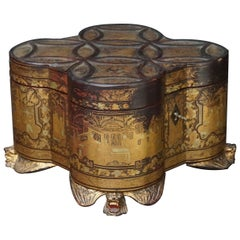 19th Century Chinese Canton Export Lacquered Giltwood Tea Caddy on Shishi Feet