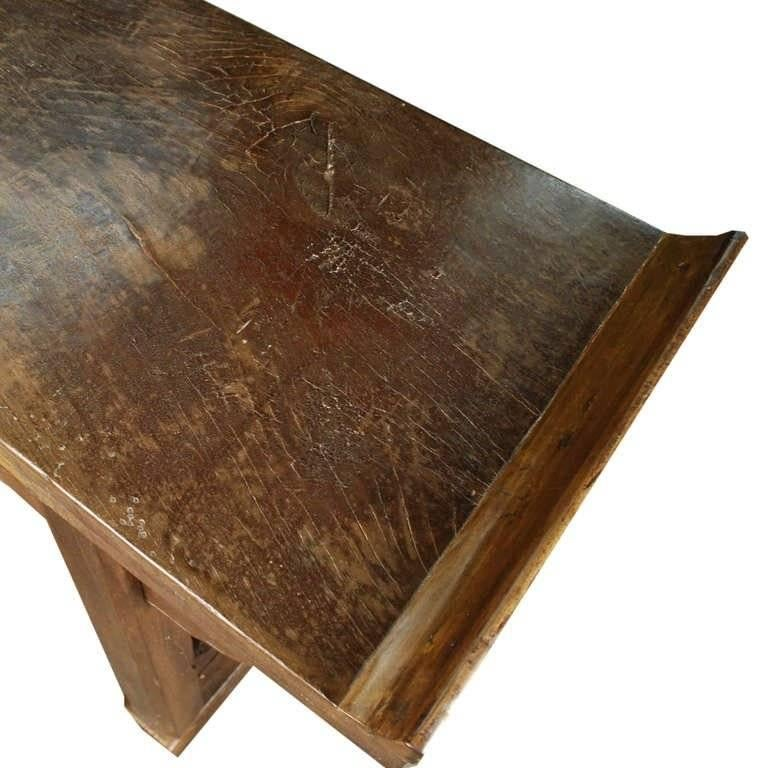 Walnut 19th Century Chinese Double Deer Plank Top Altar with Everted Ends For Sale