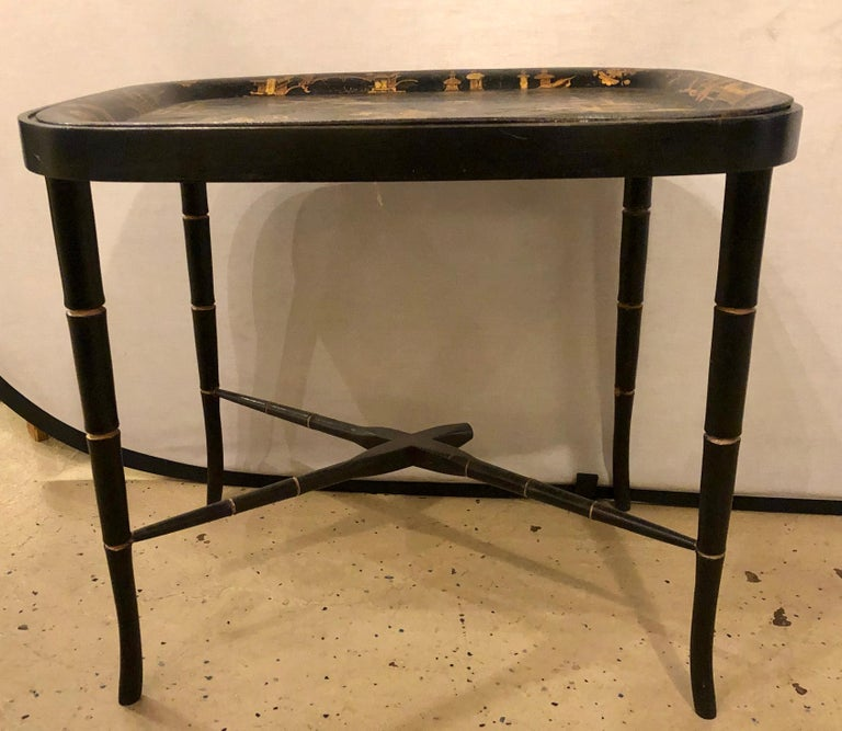 Mid-20th Century 19th Century Chinese Export Chinoiserie Tray on Stand For Sale