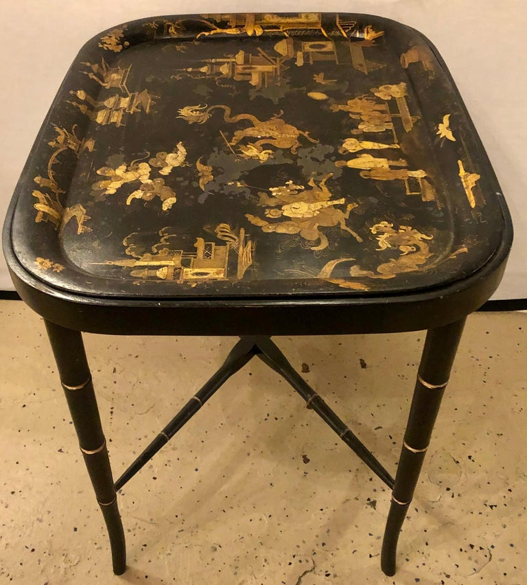 Wood 19th Century Chinese Export Chinoiserie Tray on Stand For Sale