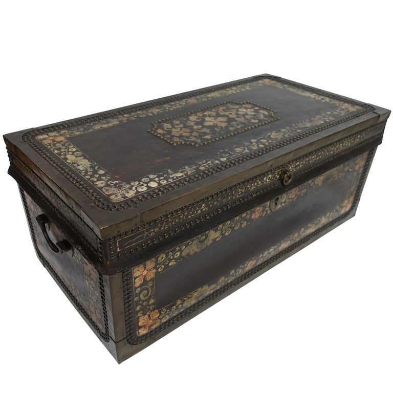 19th Century Chinese Export Hand-Painted Leather Trunk For Sale