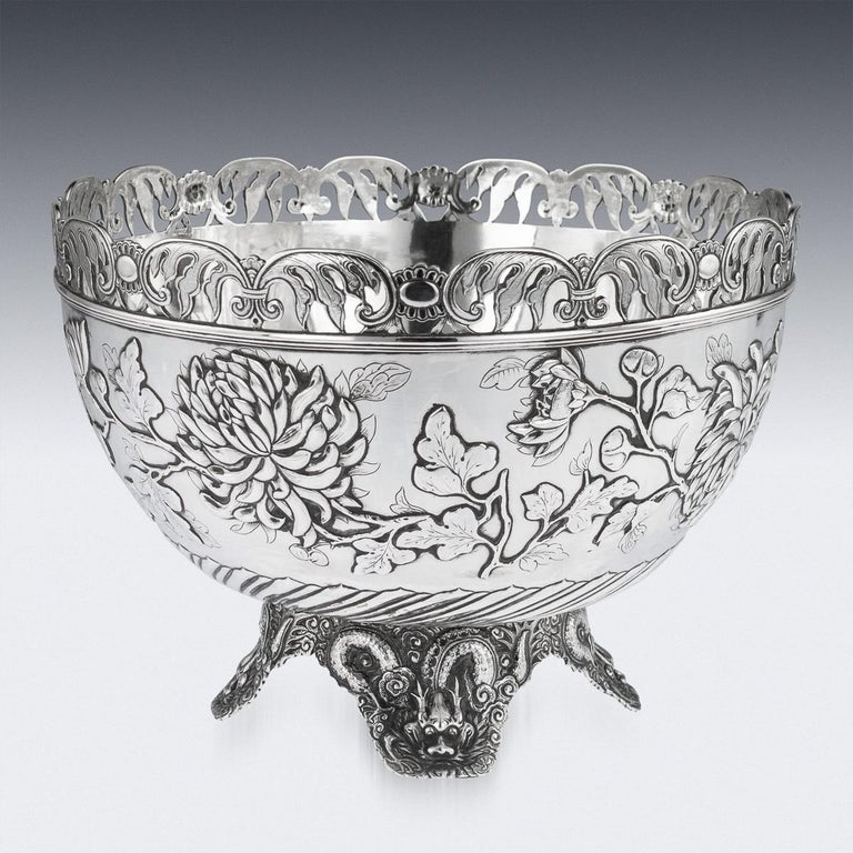 19th Century Chinese Export Solid Silver Bowl, Wing Cheong, Hong Kong c.1890 In Good Condition For Sale In London, London
