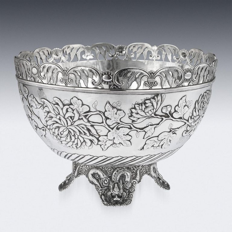 19th Century Chinese Export Solid Silver Bowl, Wing Cheong, Hong Kong c.1890 For Sale 1