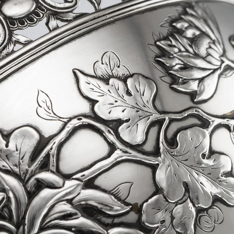 19th Century Chinese Export Solid Silver Bowl, Wing Cheong, Hong Kong c.1890 For Sale 5