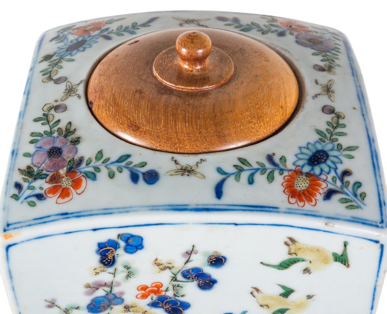 Hand-Painted 19th Century Chinese Famille Verte Vase or Lamp, circa 1880 For Sale