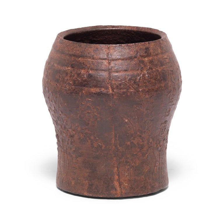 19th Century Chinese Floral Cast Iron Mortar In Good Condition For Sale In Chicago, IL