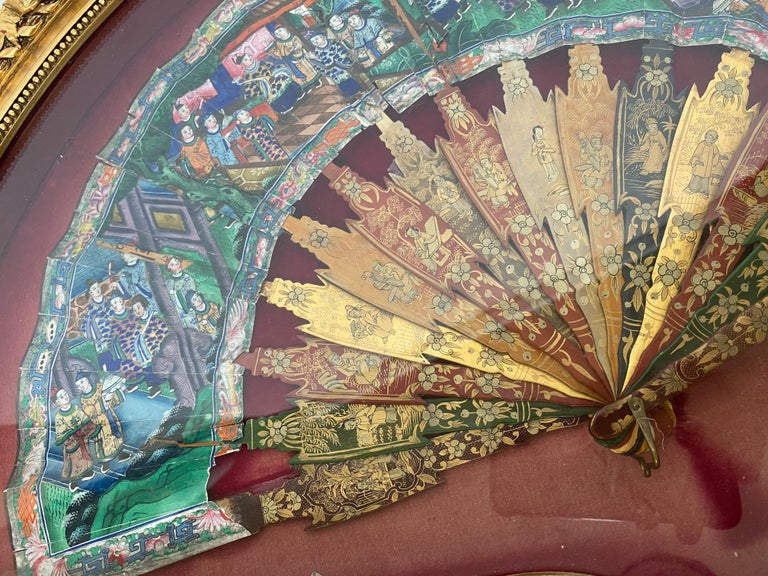 Mid-19th Century 19th Century Chinese Gilt Lacquer Fan with Mother of Pearl Faces and Lacquer Box For Sale