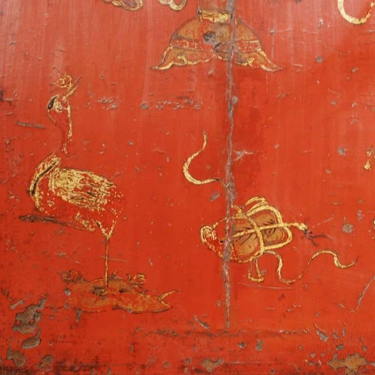 19th Century Chinese Gilt Red Lacquered Cabinet For Sale 3