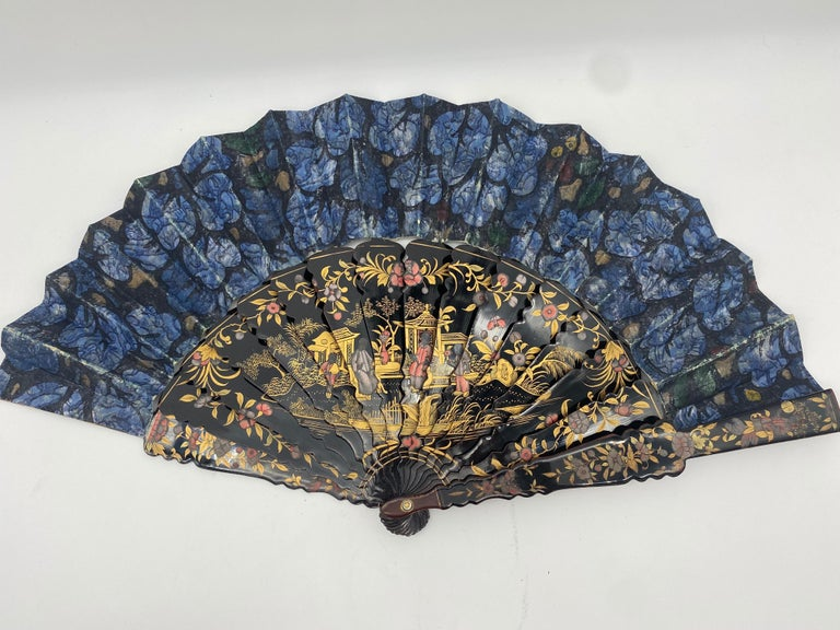 Very large antique 19th century Chinese hand painted lacquer export fan even-tail from the Qing Dynasty.