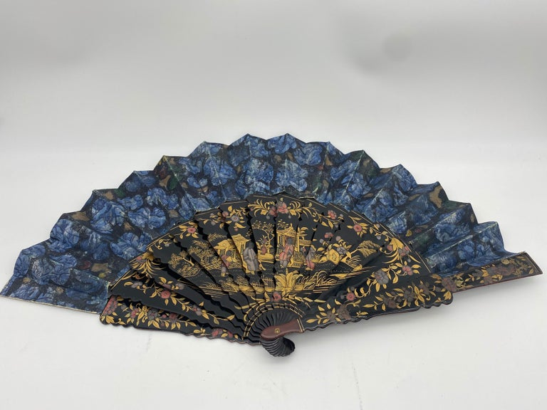 Qing 19th Century Chinese Hand Painted Lacquer Export Fan Even-Tail For Sale